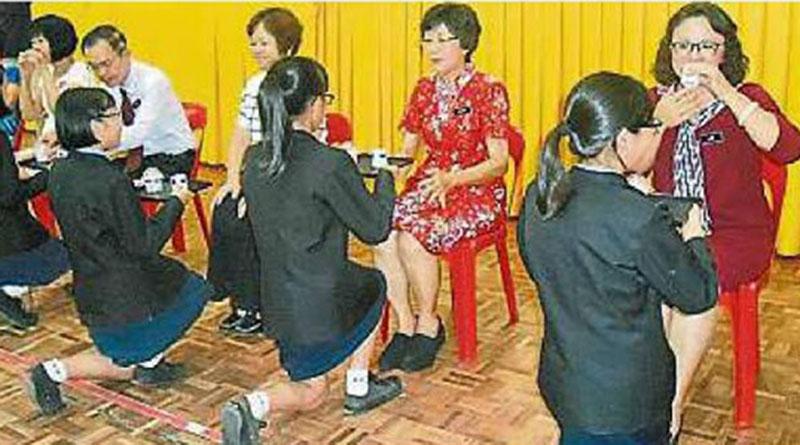向师长敬茶献礼-宽二温馨庆教师节