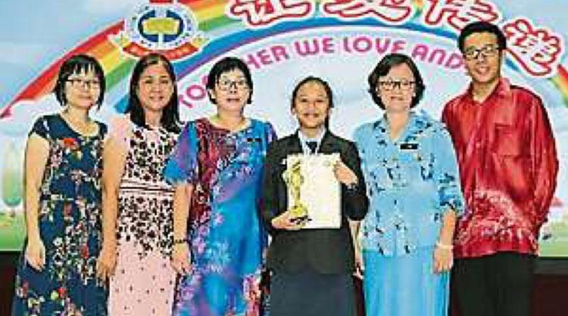 宽二夺新山县爱国歌曲歌唱赛冠军